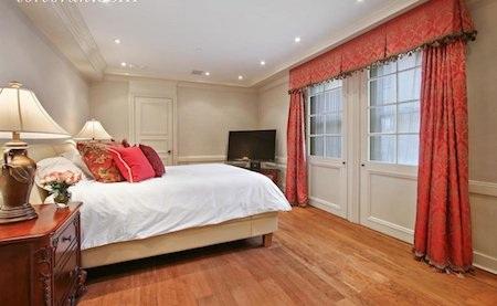 Mỗi phòng ngủ được bài trí theo một phong cách và màu sắc chủ đạo tuỳ thích