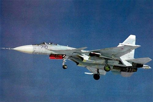 40 năm của một trong những dòng máy bay chiến đấu thành công nhất thế giới - Su-27 - 7