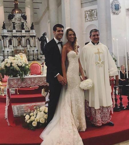 """Tháng 6 vừa rồi, Alvaro Morata đã chính thức """"rước nàng về dinh"""" trong một hôn lễ đẹp tựa cổ tích tại Venice, nước Ý"""
