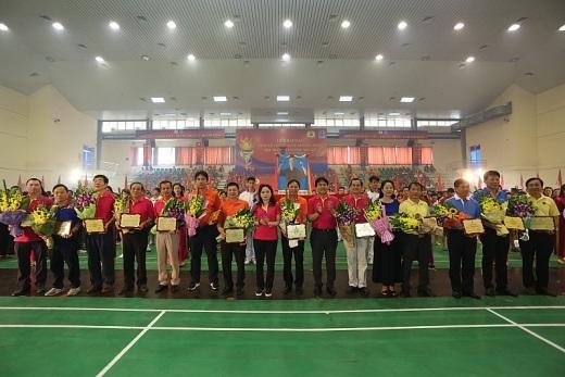 12 đơn vị được khen thưởng là các đơn vị xuất sắc trong phong trào Xây dựng đời sống văn hóa cơ sở