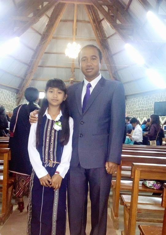 Hiện, tiến sĩ Cil Duin đang công tác tại Phòng Giáo dục huyện Lạc Dương.