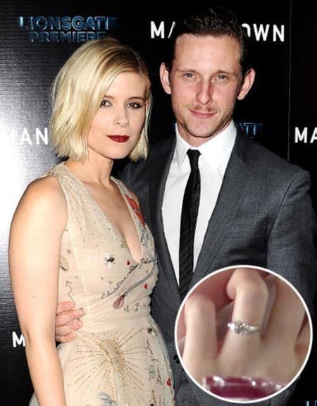 Kate Mara và người đồng nghiệp Jamie Bell đã đính hôn từ đầu năm nay với một chiếc nhẫn định tình lấp lánh.