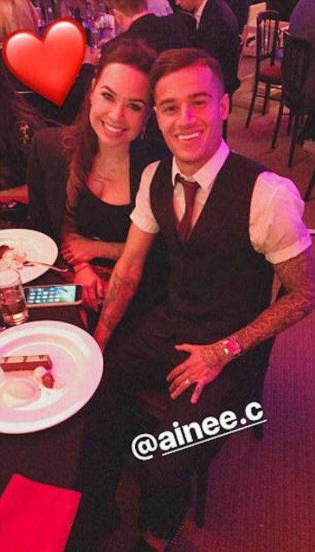 Chàng tiền vệ hào hoa Coutinho đưa cả bà xã đi dự tiệc