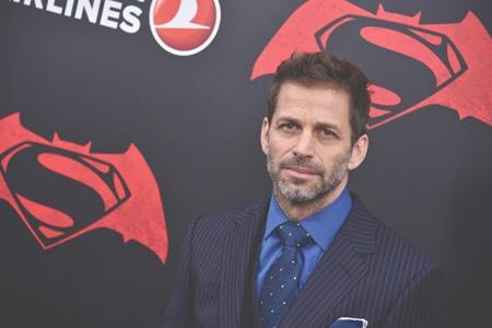 """Khác với phần lớn những ngôi sao còn lại, Zack Snyder bị ghét không phải vì đời sống cá nhân mà vì chính sản phẩm nghệ thuật của mình, """"Batman v Superman: Dawn of Justice"""", do chất lượng kém cỏi của bộ phim này nên các fan hâm mộ thậm chí còn vận động một cuộc tẩy chay để """"đá"""" Zack Snyder ra khỏi bộ phim siêu anh hùng tiếp theo là """"Justice League"""""""