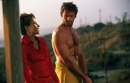 """Ngay từ năm 2001, """"Người Sói"""" Hugh Jackman đã cùng """"Storm"""" Halle Berry hợp tác ăn ý trong tác phẩm """"Swordfish"""" (2001)"""