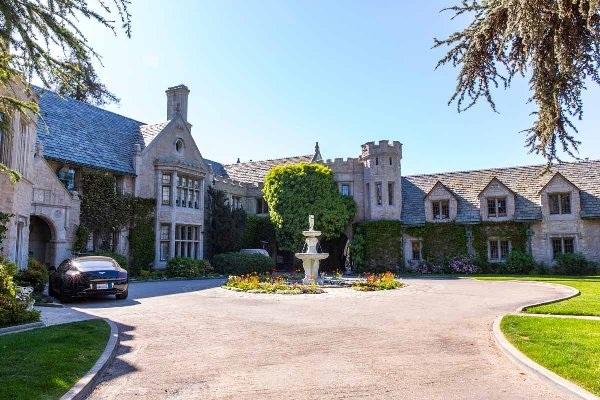 Bên trong lâu đài giá 100 triệu đôla của ông chủ Playboy - 7