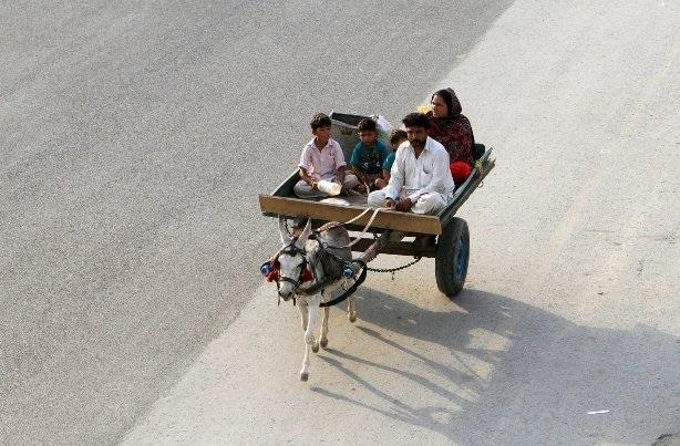 """Những phương tiện giao thông được người dân trên khắp thế giới """"tin dùng"""" - 7"""