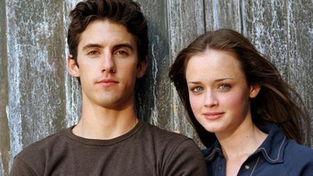 """Alexis Bledel và Milo Ventimiglia đã có ba năm yêu thương say đắm khi cùng góp mặt trong bộ phim """"Gilmore girls"""". Thậm chí, hai ngôi sao còn bàn tính đến chuyện hôn nhân nhưng cuối cùng thì đường tình vẫn phải chia lìa đôi ngả."""