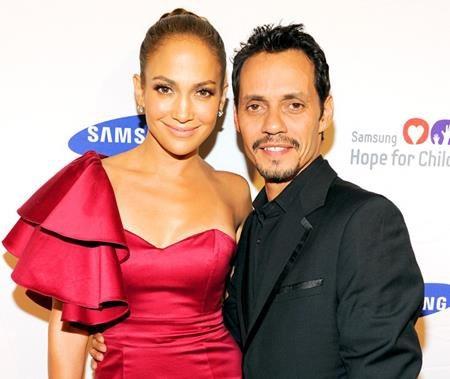 Sau 7 năm hôn nhân ngọt ngào, Jennifer Lopez và Marc Anthony đã quyết định chia tay vào năm 2011 trong sự ngỡ ngàng của các fans hâm mộ. Dù vậy, Marc Anthony vẫn khẳng định mình luôn yêu thương, quan tâm và là bạn tốt của J.Lo.