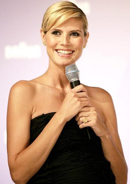 """Seal từng dành tặng Heidi Klum một chiếc nhẫn kim cương 10 carat vàng óng để làm """"tín vật"""" tình yêu, tuy nhiên, cặp sao vẫn chia tay hồi năm 2012"""