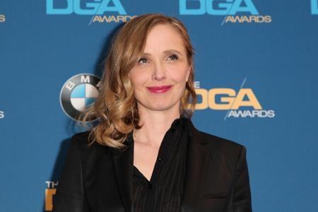 """Hồi năm 2012, Julie Delpy từng khá nặng lời khi nhận xét về giải Oscar: """"Nó chẳng nói về việc bạn tốt hay xấu, nó là về việc bạn đã mặc đúng quần áo cho ngày hôm đó hay chưa. Mà ai quan tâm chứ?""""."""