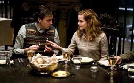 """Đến năm 2009, Emma Watson tiếp tục tham gia phần phim """"Harry Potter và Hoàng tử lai"""""""