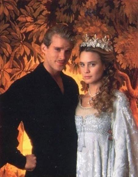 """Câu chuyện cổ tích trong bộ phim """"The princess bride"""" đã khiến các khán giả khóc rồi lại cười nhưng không lúc nào quên trầm trồ khen ngợi bộ váy công chúa quá đỗi lộng lẫy trên phim"""