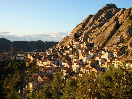 10 thị trấn nhỏ xinh đẹp của nước Ý - 8