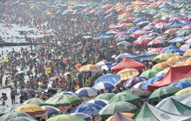 Những bức ảnh khiến bạn sửng sốt về tình trạng dân số ở Trung Quốc - 8