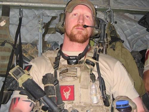 ONeill nói anh là người trực tiếp bắn hạ trùm khủng bố bin Laden.