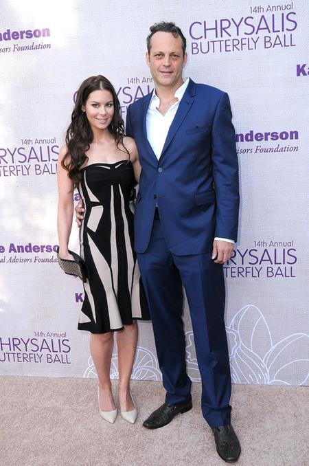 Tại thời điểm chính thức nên duyên vợ chồng với Kyla Weber vào tháng 1/2010, nam tài tử Vince Vaughn chỉ còn vài tháng nữa là tròn 41 tuổi.