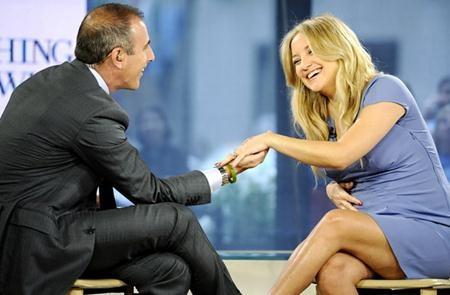 Kate Hudson từng vô cùng hạnh phúc khi nhận được chiếc nhẫn kim cương 9 carat có giá lên tới 200.000 đô la Mỹ từ thủ lĩnh nhóm Muse, Matthew Bellamy