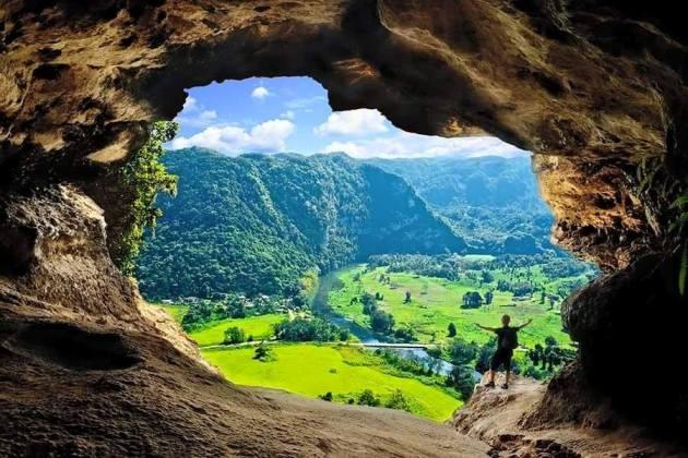 Những hang động đẹp đến mức bất kì ai cũng phải choáng ngợp - 9