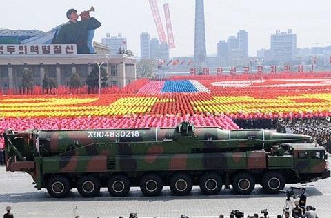 Vì sao ông Kim Jong-un không hề e sợ khi Mỹ rầm rộ điều quân đến - 10