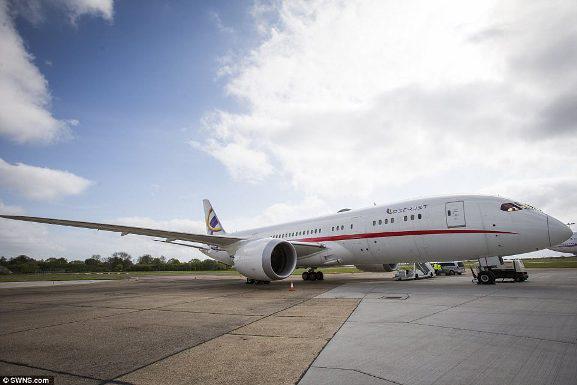 Chuyến bay trong mơ với giá gần 600 triệu đồng/giờ bay - 9