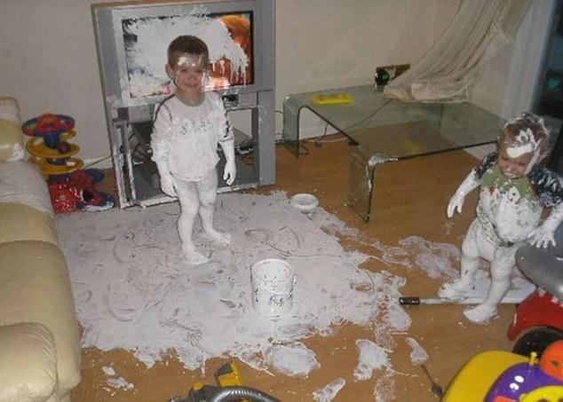 Chúng con quyết định nhà mình không cần xem tivi nữa!