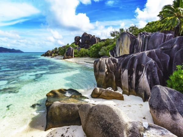 Lên danh sách khám phá 13 bãi biển đẹp nhất trong năm 2018 - 9
