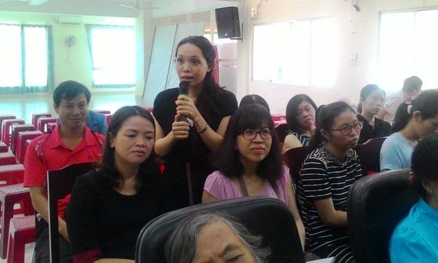 Chị Kim Thư, một phụ huynh ở Gò Vấp, TPHCM cho hay con cái quay cuồng vì học thì làm sao có thể làm người bình thường