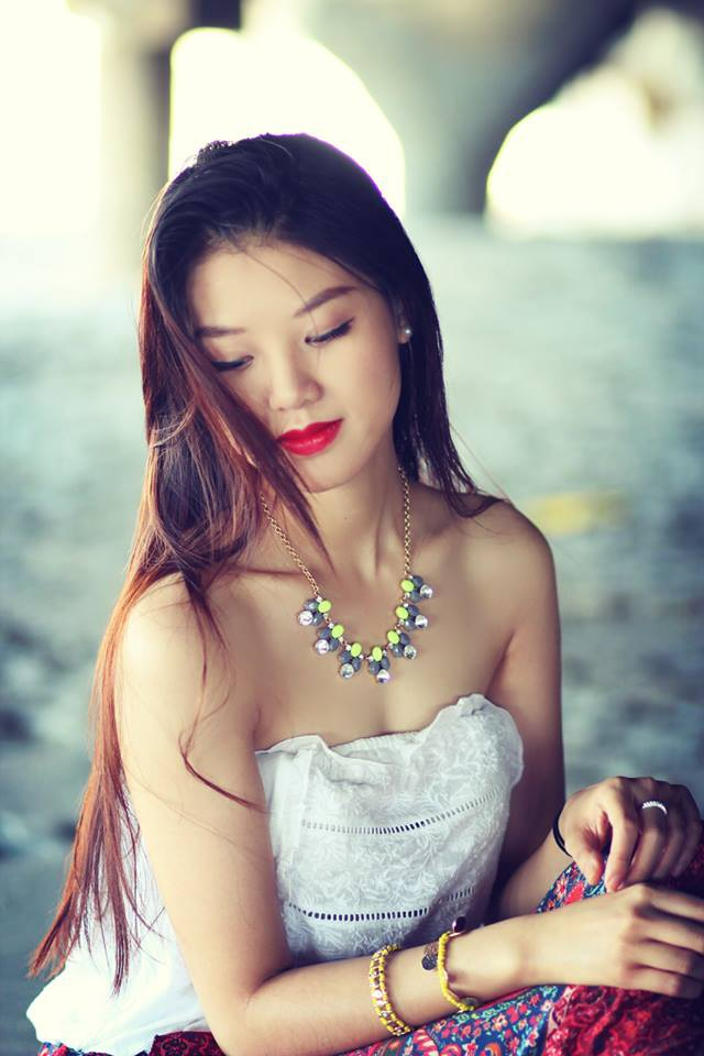 Vẻ yêu kiều của Á khôi du học sinh Việt tại New York 2017.