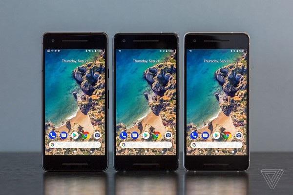 Pixel 2 vẫn sở hữu thiết kế cũ với viền màn hình dày