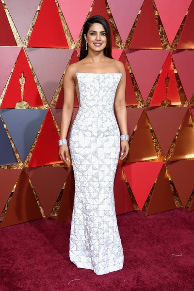 Dập dìu người đẹp trên thảm đỏ Oscar 2017 - 5