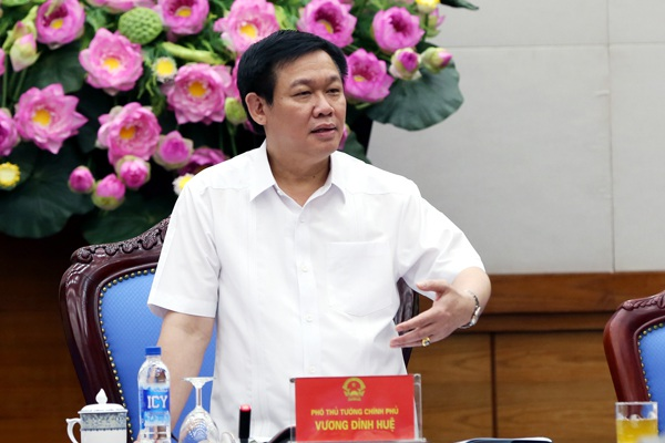 Phó Thủ tướng lưu ý với các bộ, ngành: Việc điều hành giá có ý nghĩa rất quan trọng trong hỗ trợ tăng trưởng GDP.
