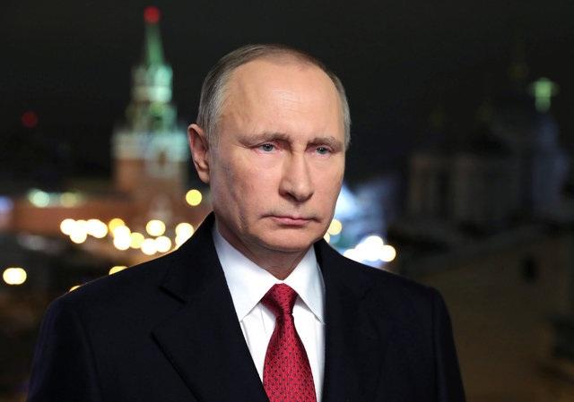 Trong đêm giao thừa, Tổng thống Nga Vladimir Putin có bài phát biểu chúc mừng năm mới thường niên tới toàn thể người Nga (Ảnh: Reuters)