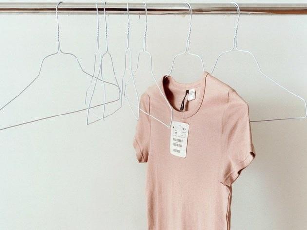 Có cần giặt quần áo mới mua trước khi mặc? - 1