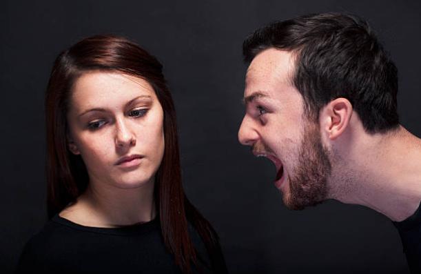 """""""Chỉ vì một cái tát, mẹ vợ xúi vợ tôi ly hôn"""" - 1"""