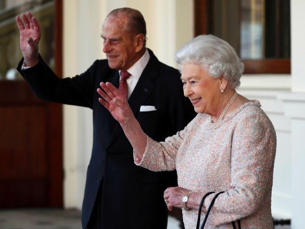 Nữ hoàng Anh Elizabeth và Thái tử Philip (Ảnh: Getty)