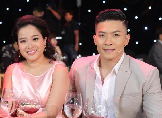 Câu chuyện nghệ sĩ Quốc Cơ cầu hôn Hồng Phương từng một thời gây chú ý showbiz Việt.
