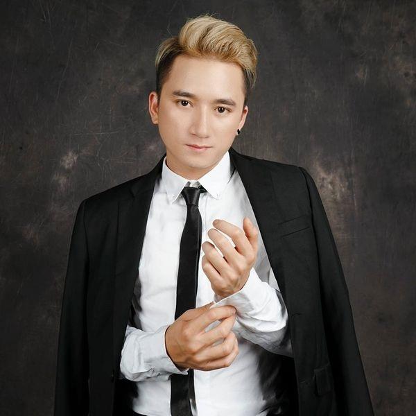 Phan Mạnh Quỳnh với ca khúc Vợ người ta đạt kỷ lục trên 100 triệu lượt xem trên youtube - một con số thật đáng gờm của nhạc Việt