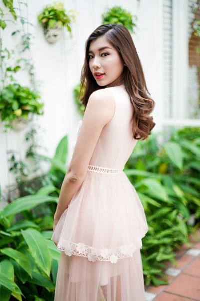 """Á quân The Face ngọt lịm sắc hồng pastel, hoa hậu Ngọc Diễm nóng """"bỏng mắt"""" - 6"""