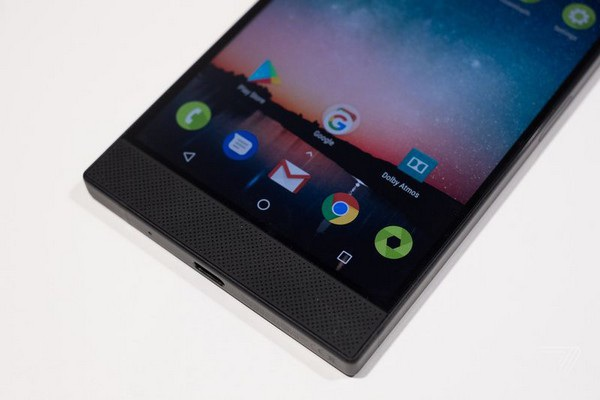 """Razer ra mắt smartphone với cấu hình cực """"khủng"""" dành cho game thủ - 4"""