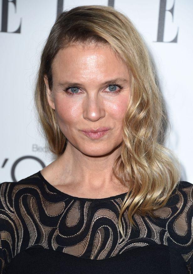 Nữ diễn viên nổi tiếng đã lấy lại vẻ ngoài tự nhiên sau khi lộ diện hoàn toàn khác lạ và gây sốc vào năm 2014.