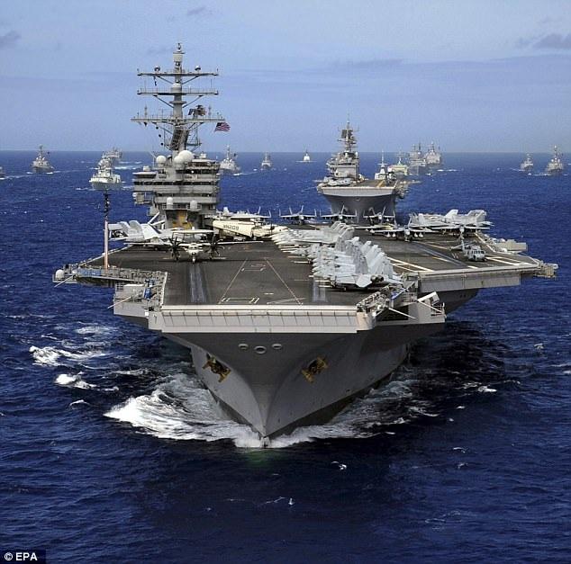 Tàu sân bay USS Ronald Reagan của Mỹ (Ảnh: EPA)