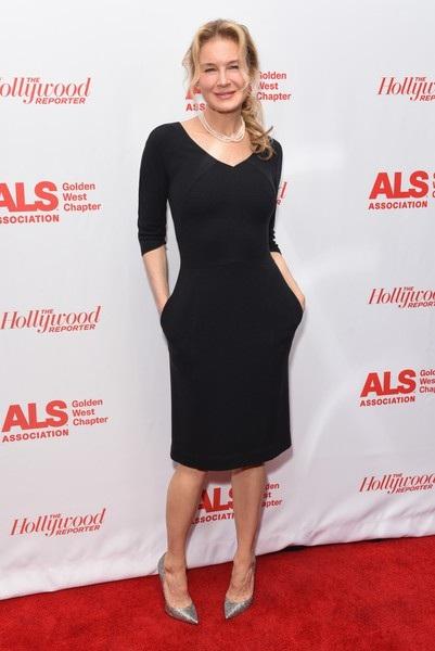 Nữ diễn viên từng lọt Top những sao nữ được trả cát sê cao nhất Hollywood diện váy đen thanh lịch khoe dáng thanh mảnh