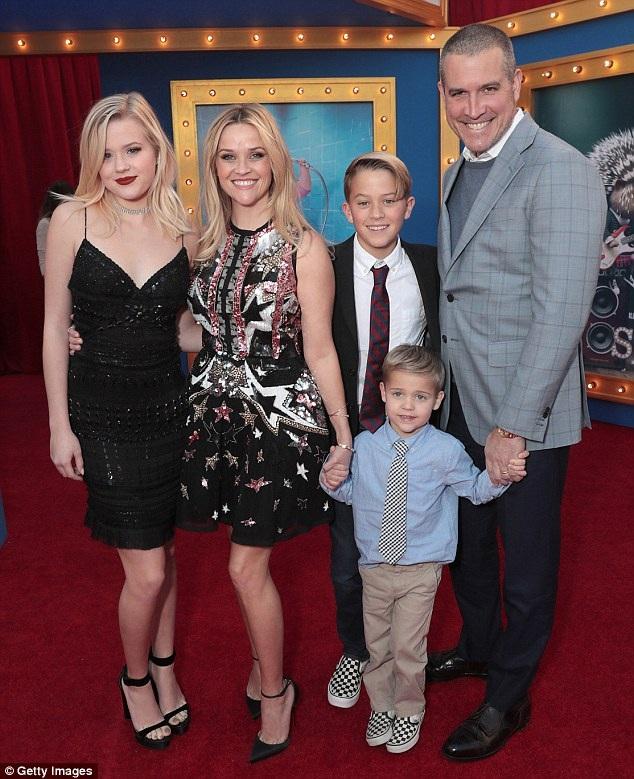 Sau khi chia tay với Ryan, Reese đi bước nữa với ông chủ một công ty săn tìm tài năng điện ảnh - Jim Toth vào năm 2012 và cặp đôi có với nhau một cậu con trai hiện 4 tuổi. Hai con riêng của Reese đều sống cùng cô và cha dượng.
