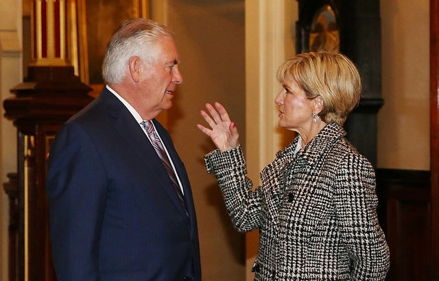 Ngoại trưởng Mỹ Rex Tillerson (trái) và người đồng cấp Australia Julie Bishop tại Sydney ngày 5/6 (Ảnh: Reuters)