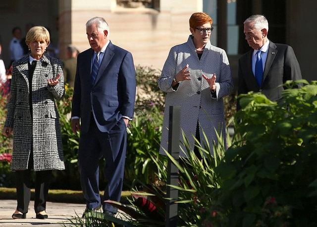 Bộ trưởng ngoại trưởng và quốc phòng Mỹ và Australia gặp nhau tại Hội nghị tham vấn bộ trưởng ngoại giao - quốc phòng hai nước tại Sydney (Ảnh: Reuters)