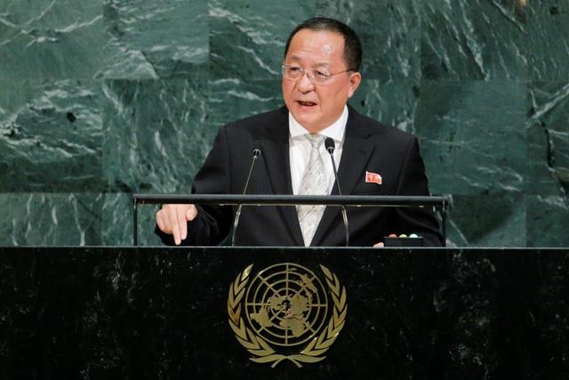 Trong bài phát biểu tại Đại hội đồng Liên Hợp Quốc hôm 23/9, ông Ri cảnh báo, Triều Tiên sẽ đáp trả không thương tiếc nếu Mỹ có dấu hiệu tấn công quân sự nhằm vào Triều Tiên. (Ảnh: Reuters)