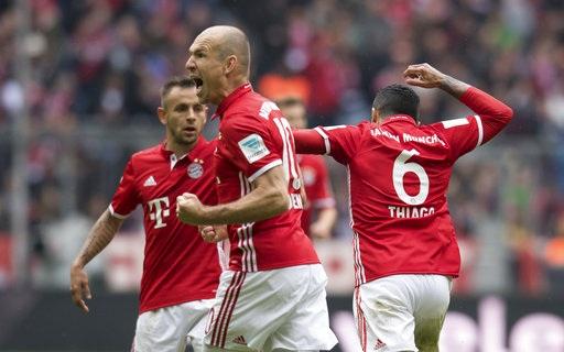 Sự tỏa sáng của Robben đã giúp Bayern Munich tránh khỏi thất bại trước Mainz 05