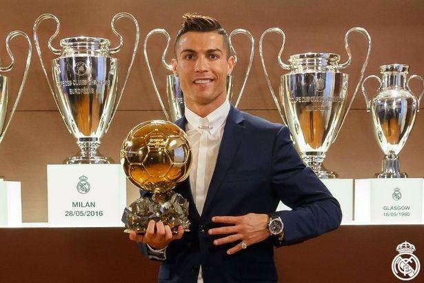 C.Ronaldo hướng tới Quả bóng vàng thứ 5 trong sự nghiệp