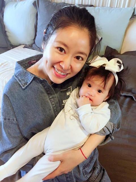 """Lâm Tâm Như khoe dáng """"mình hạc xương mai"""" sau vài tháng sinh nở - 10"""